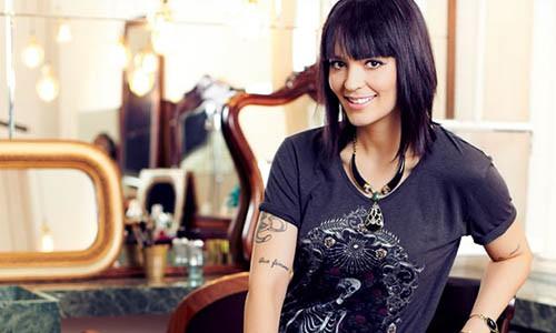 Vanessa Rozan fala sobre a carreira de maquiadora profissional