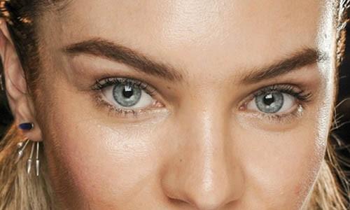 Manual da beleza: como tirar as sobrancelhas em casa?
