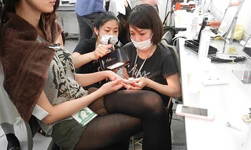 manicure-dicas-para-postura-corporal-no-trabalho