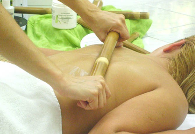 Massoterapia, Estética e Terapias Holísticas