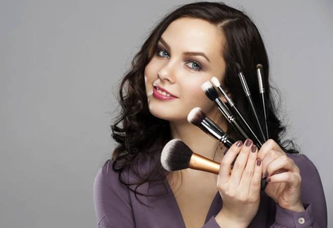 Depilação e maquiagem: cinco cuidados essenciais