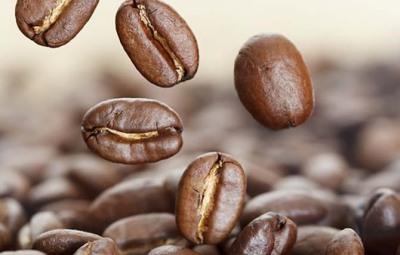cafeína-alopecia-queda-cabelo