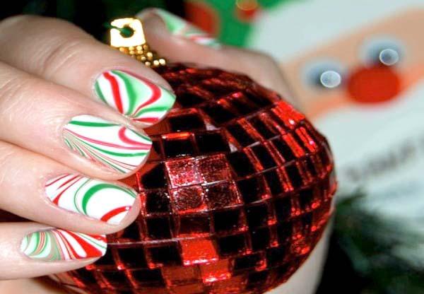 unhas efeito mármore para Natal